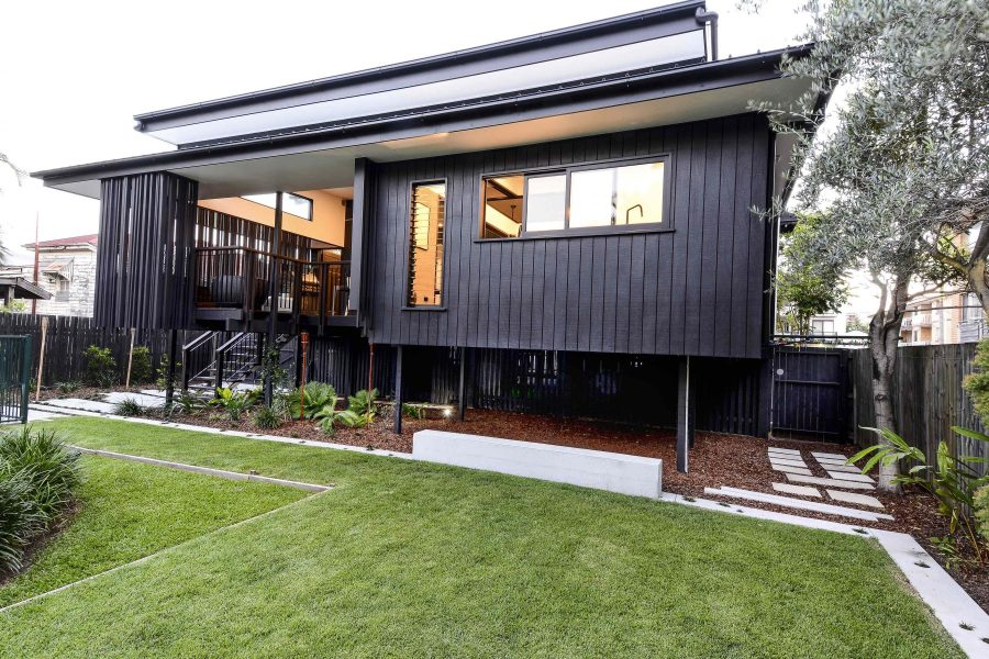 Nat and Gerry's Back Deck by biscoe wilson | architects