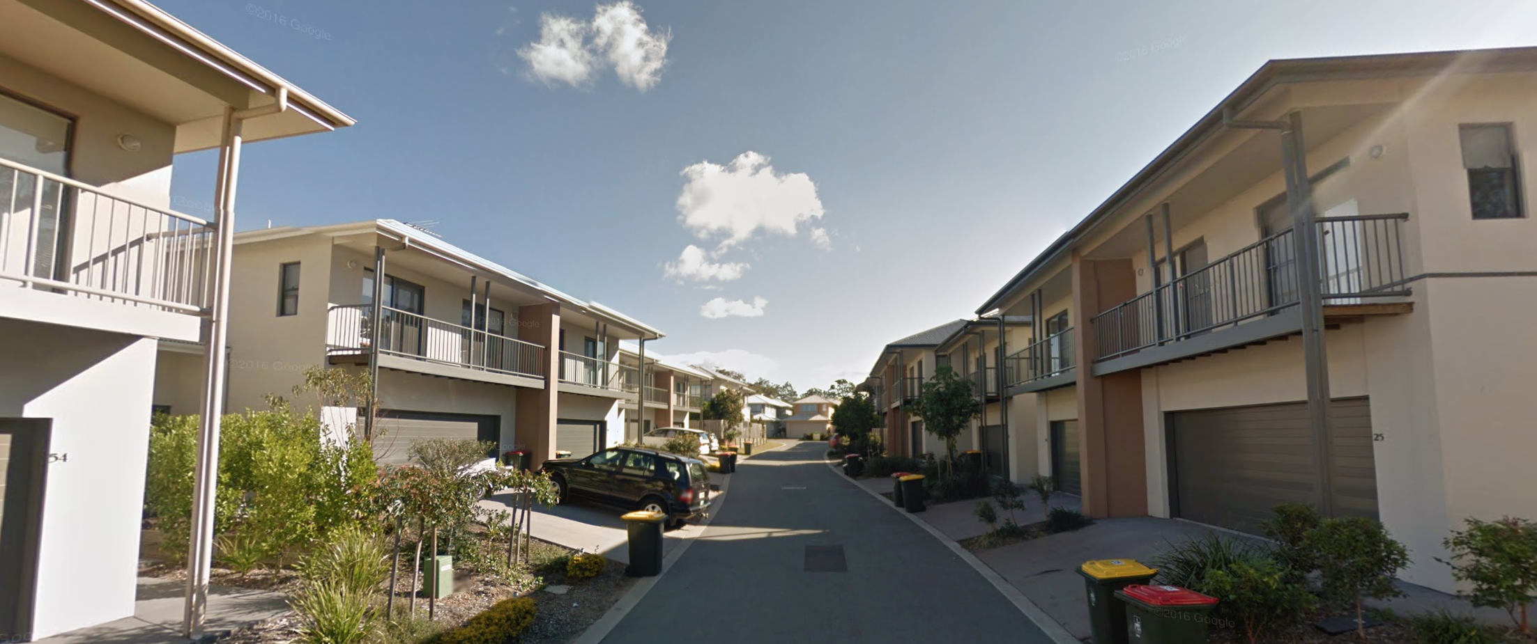 Seaforth Townhouse designs by Biscoe Wilson Architects. Image from Google Street View
